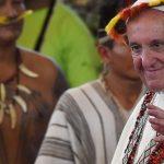 Le Pape François à la rencontre des peuples indigènes d'Amazonie, lors de sa visite à Puerto Maldonado, au Pérou.Le Pape François à la rencontre des peuples indigènes d'Amazonie, lors de sa visite à Puerto Maldonado, au Pérou. (AFP or licensors)